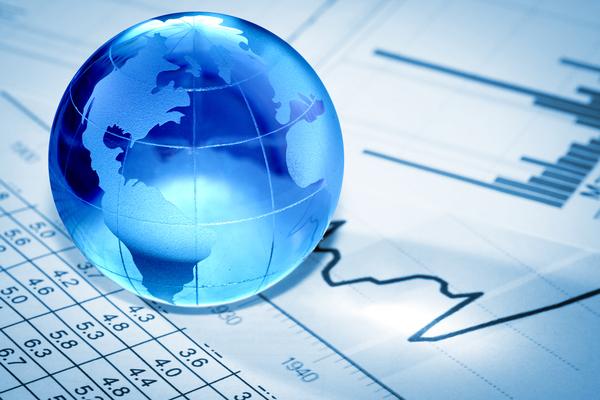 Thumb_globe_economy